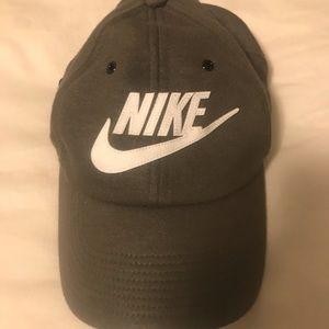 Nike baseball cap hat